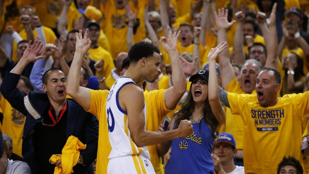 Warriors Defeat Cavaliers